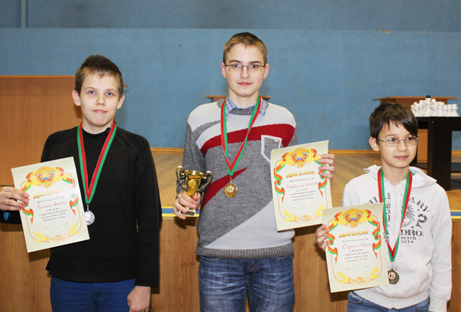 Картинки по запросу фото Зарубицкий, шахматы в Орше